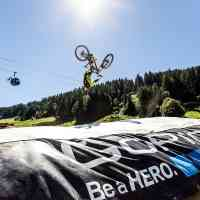 Unbelievable tricks with a somewhat padded fall © Saalfelden Leogang Touristik GmbH