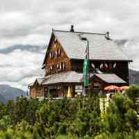 Mountain inns tempt with traditional dishes, high above sea level © Saalfelden Leogang Touristik GmbH